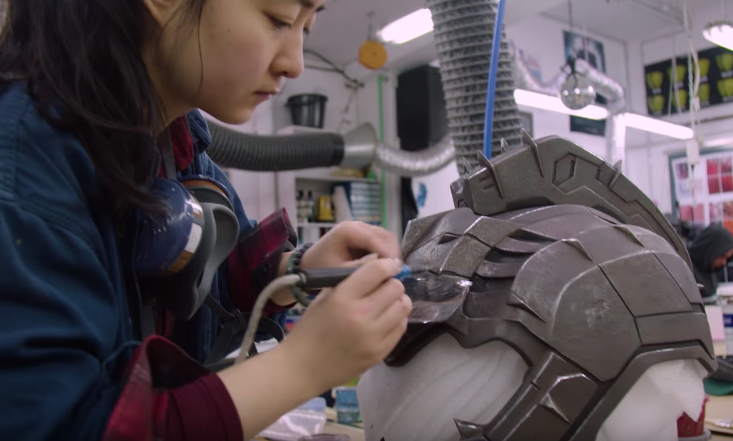 Thor: Ragnarok – Behind the Scenes armour and weapons